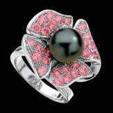 Bague de fiançailles perle Tahiti noire pavage saphir rose or blanc 18K Eternal Flower