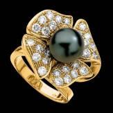 Bague de fiançailles perle Tahiti noire pavage diamant or jaune 18K Eternal Flower