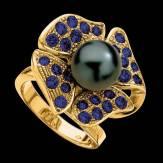 Bague de fiançailles perle Tahiti noire pavage saphir bleu or jaune 18K Eternal Flower