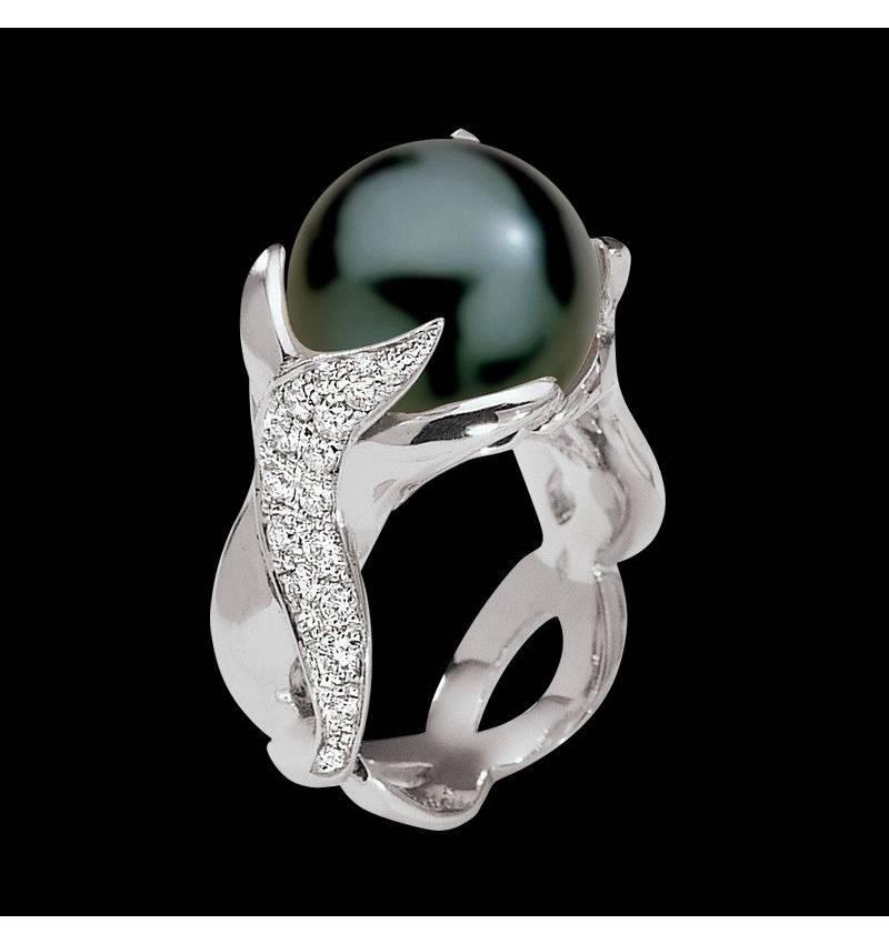 Bague de fiançailles perle Tahiti noire pavage diamant or blanc Naïade