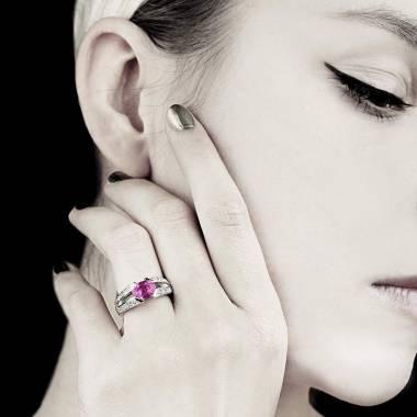 Bague de fiançailles saphir rose pavage diamant or blanc Isabelle