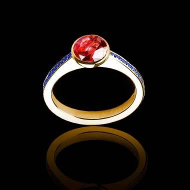 Bague de fiançailles rubis rond pavage saphir bleu or jaune Moon