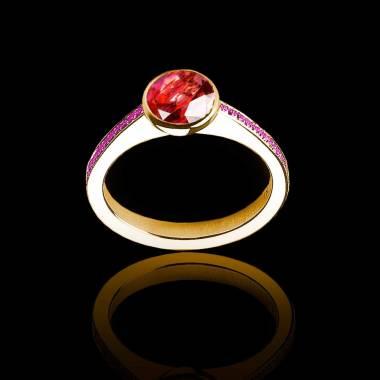 Bague de fiançailles rubis rond pavage saphir rose or jaune Moon
