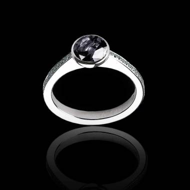 Bague de fiançailles diamant noir rond pavage diamant or blanc Moon
