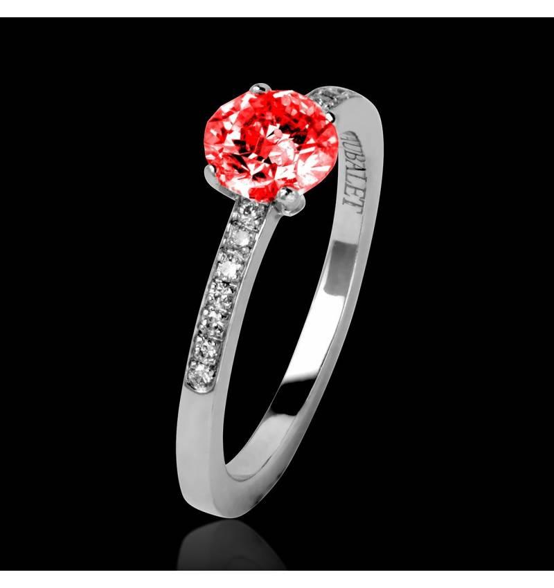 Bague de fiançailles rubis pavage diamant or blanc Judith