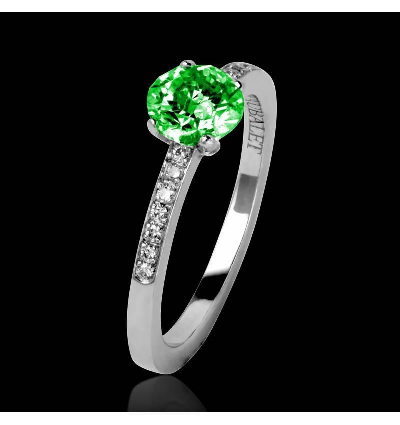 Bague de fiançailles émeraude pavage diamant or blanc Judith