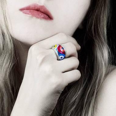 Bague saphir bleu pavage diamants or blanc laque Color Pop