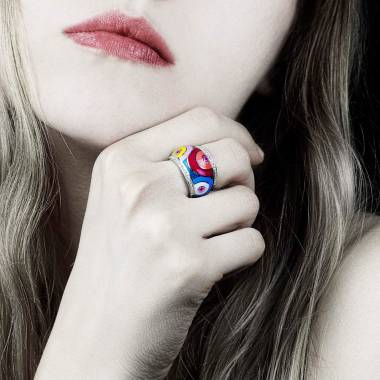 Bague saphir rose pavage diamants or blanc laque Color Pop
