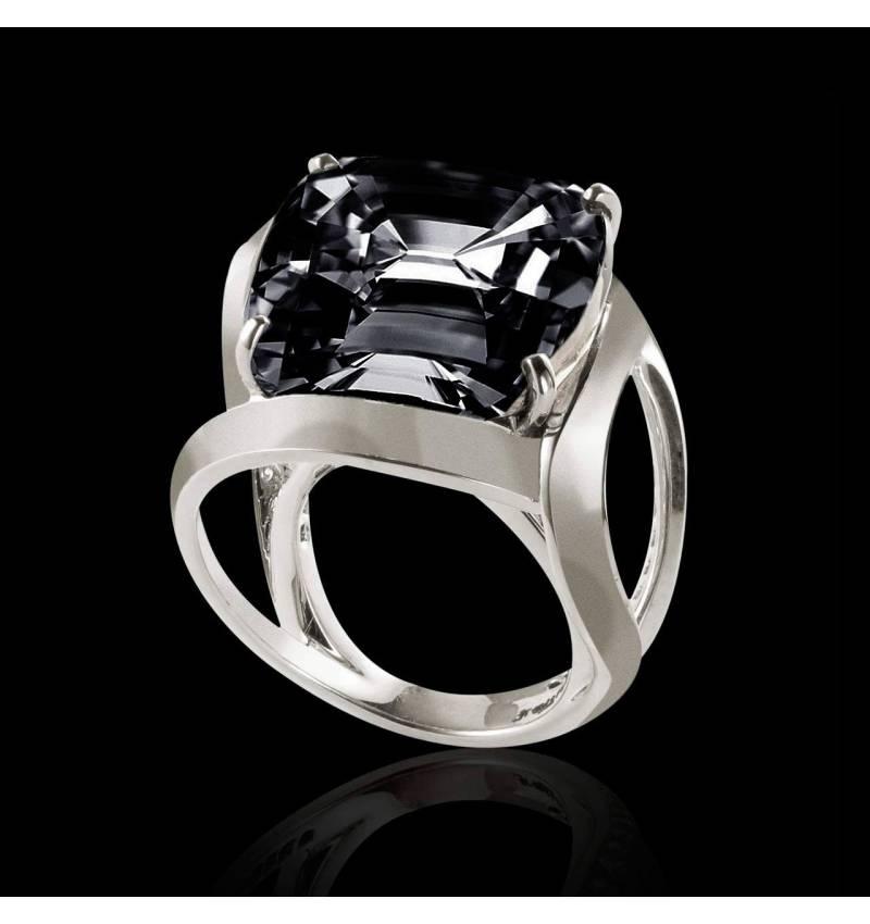 Top Bague diamant noir coussin Future solo - Maison Jaubalet KN09