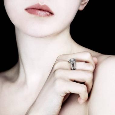 Bague diamant pavage diamant or blanc Tsarine