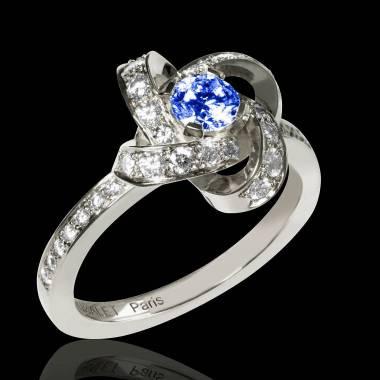 Bague de fiançailles saphir bleu pavage diamant or blanc Chloé