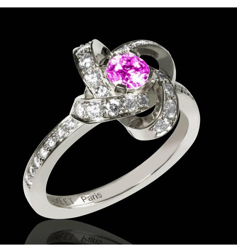 Bague de fiançailles saphir rose pavage diamant or blanc Chloé