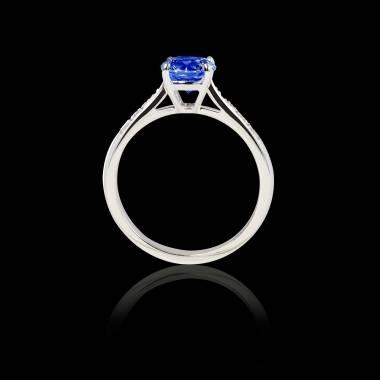 Solitaire saphir bleu pavage diamant or blanc Angela