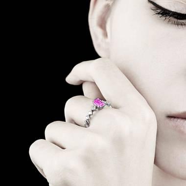 Bague de fiançailles saphir rose pavage diamant or blanc Elsa