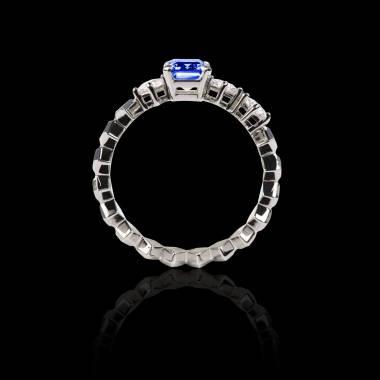 Bague de fiançailles saphir bleu pavage diamant or blanc Elsa