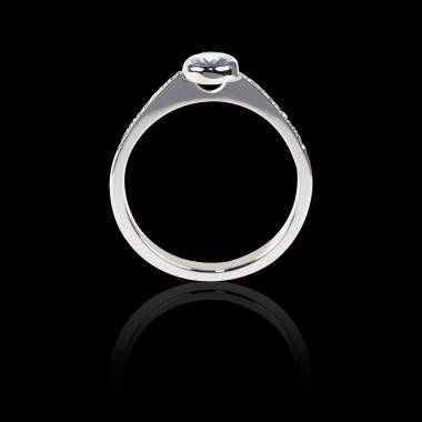 Bague Solitaire diamant forme ovale pavage diamant or blanc Moon
