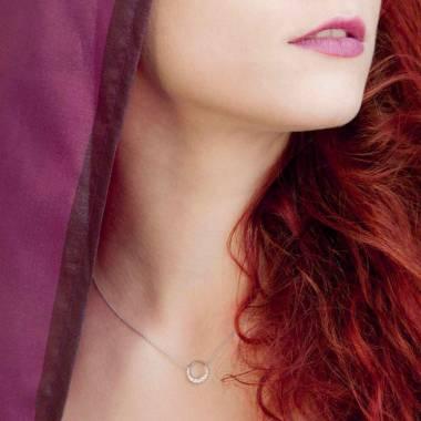 Pendentif pavage rubis or blanc 18 K Clair de Lune