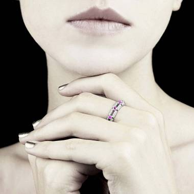 Bague saphir rose 1 carat pavage diamant or blanc Terre