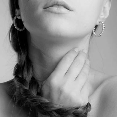 Boucles d'oreilles pavage diamant en or blanc Créoles Inside