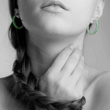 Boucles d'oreilles pavage émeraude or blanc 18K (10,8 g) Créoles Inside