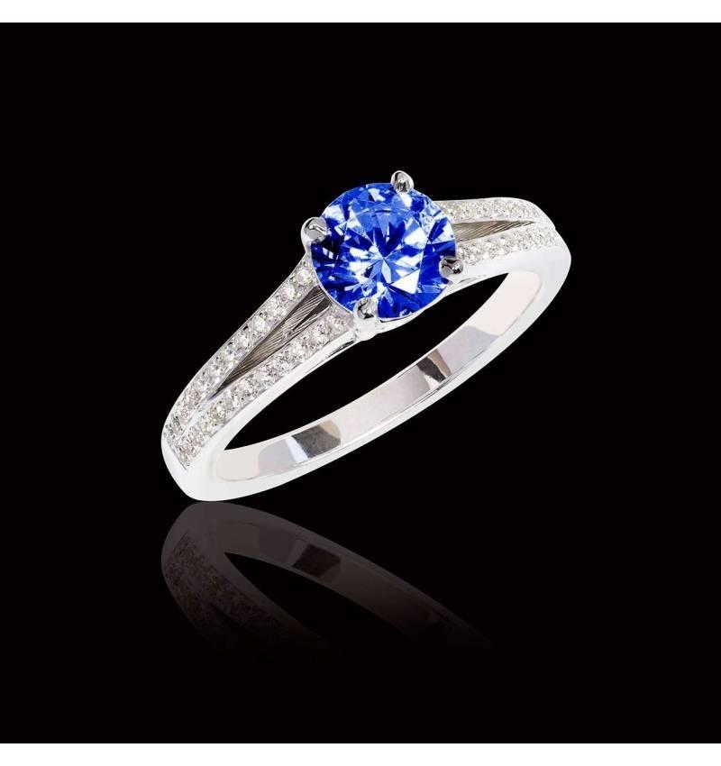 Bague de fiançailles saphir bleu pavage diamant or blanc Marie
