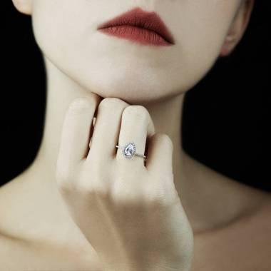 Bague diamant poire Sandra