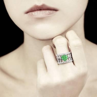 Bague de fiançailles émeraude pavage diamant or blanc Flowers of Love