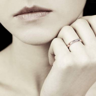 Alliance de mariage or rose Charlène