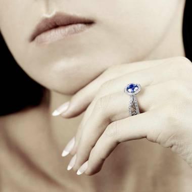 Bague de fiançailles saphir bleu Barbara