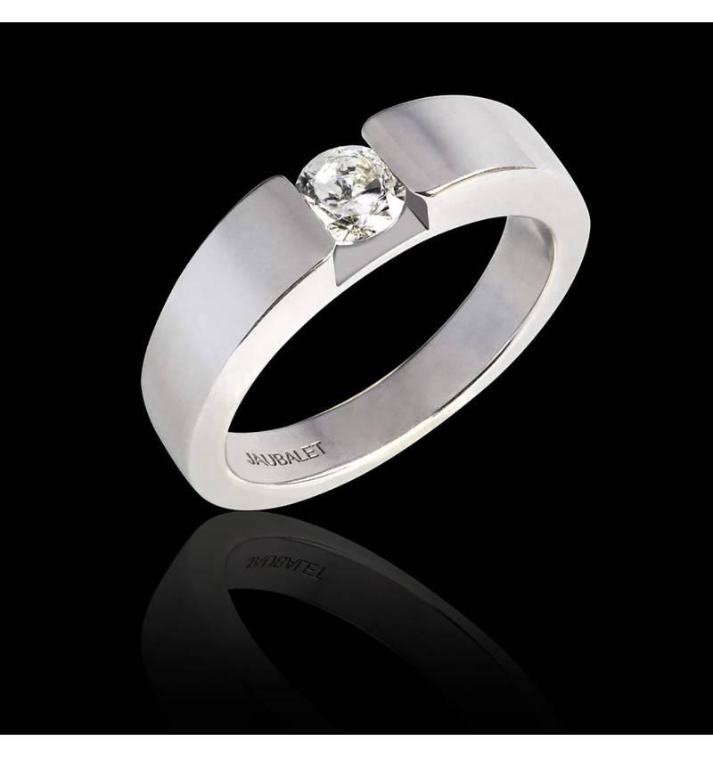 Bague de fiançailles diamant rond or blanc Pyramide