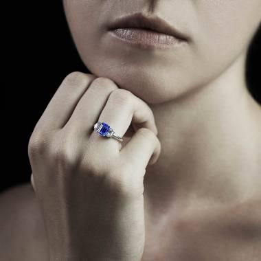 Bague saphir bleu Art Déco