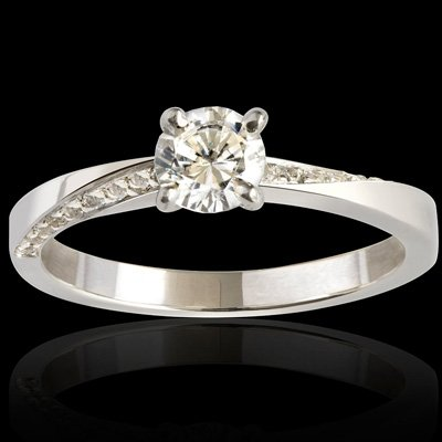 Bague solitaire diamant or blanc Meryel