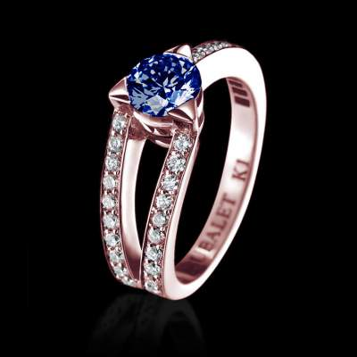 Bague solitaire saphir bleu or rose pavage diamant Plena Luna