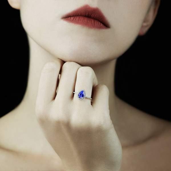 Bague de fiançailles saphir bleu Sarah