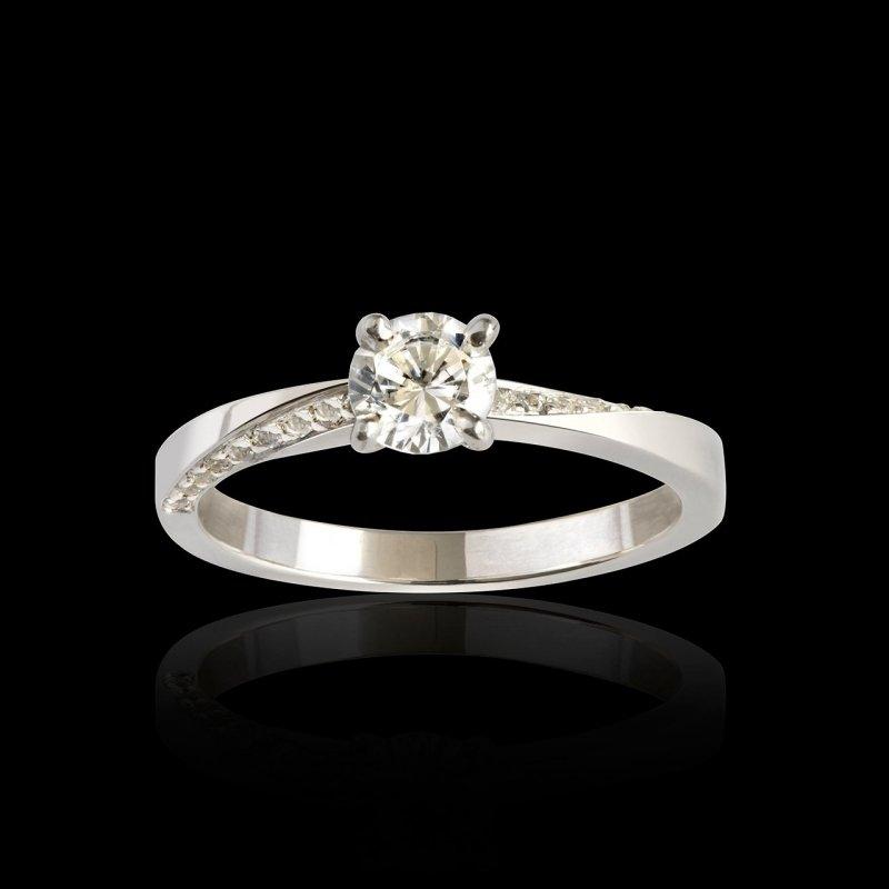 Bague de fiançailles Meryem-orblanc-diamant-diamant